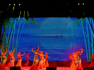 普洱用民族歌舞答谢上海崇明真情帮扶