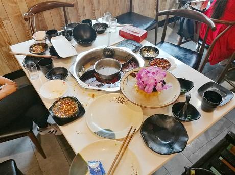 """乐虎国际娱乐官网火锅店倡导""""光盘行动"""""""