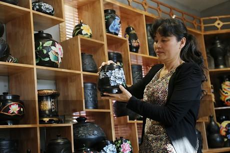 徐世菊:把黑古陶制作工艺传承下去