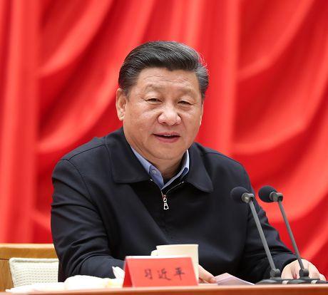 以时不我待只争朝夕的精神投入工作开创新时代中国特色社会主义事业新局面