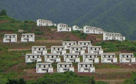 阿取里村民小组:搬迁搬出新生活