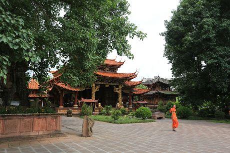 乐虎国际娱乐官网旅游名片之南丝路上的千景之谷