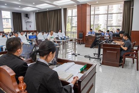 思茅区法院开庭审理一起涉恶案件
