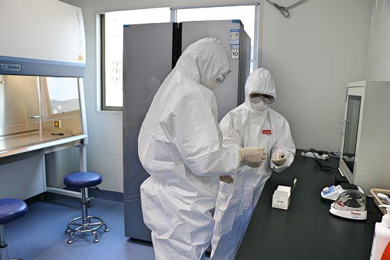 澜沧县:核酸检测能力可日超千份