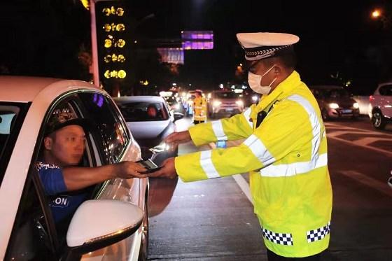 普洱交警部门开展交通违法行为专项整治行动
